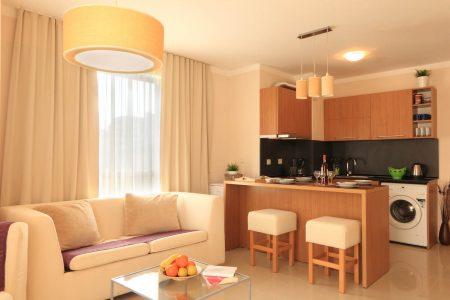 Апартамент под наем с две спални интериор - Комплекс Бей Апартментс Буджака - Созопол Апартментс