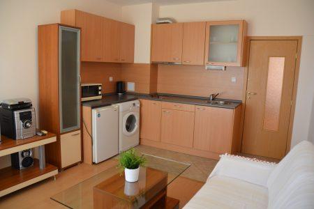 Апартамент под наем с две спални интериор - Комплекс Зора Апартментс Буджака - Созопол Апартментс